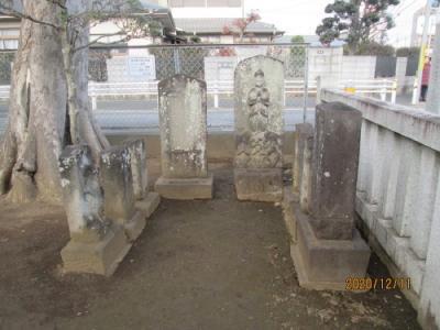 流山市の向小金・香取神社・流山100か所めぐり(100)・石仏