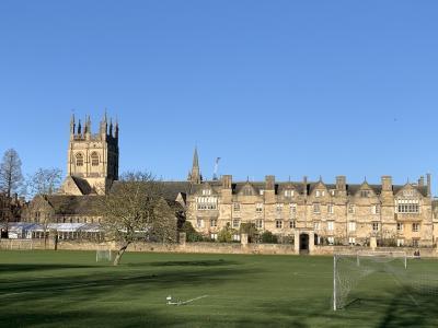 イギリスの大学の町オックスフォード。