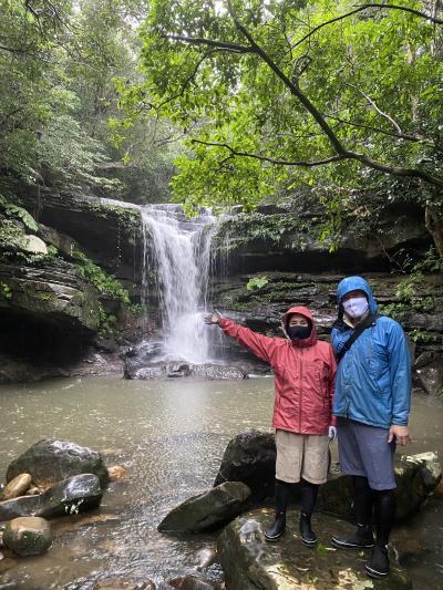 2020 3泊4日初めての石垣島は曇り空②雨の中、西表島リトリート滝トレッキングと竹富島観光