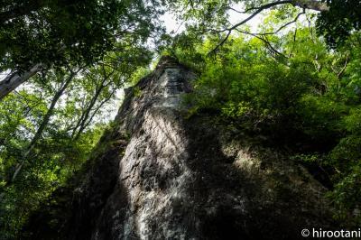 新城の秘境 乳岩峡