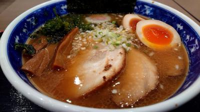 蓮田SAで食べた美味しいラーメン(せたが屋らーめん)