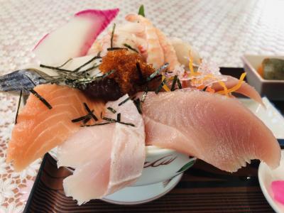 浜で海鮮丼食べて その後 冬のワイナリー巡り