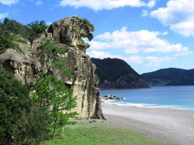 紀伊半島一周の旅その1 熊野の鬼ヶ城と獅子岩、新宮散策