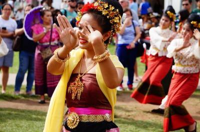 シドニーでアジア各国の新年「お正月」を体験 (Asian new year festivals in Sydney)