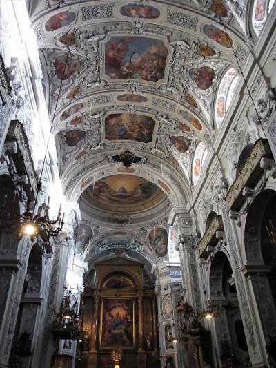 ウィーンの穴場ードミニカ教会Katholische Kirche Maria Rotundaー(2015年11月)