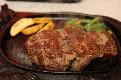 ステーキのはしご&沖縄郷土料理