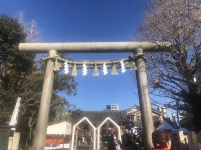 浅草神社に初詣! 浅草寺では畳を叩いてぐーるぐるな 体育会系お坊さん