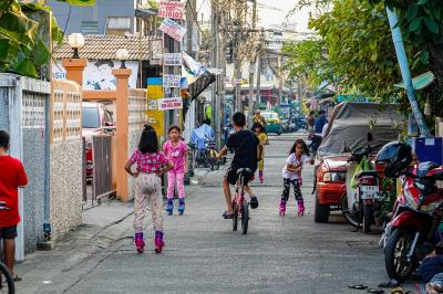 2日連続会社から家まで歩いてみたら、タイの下町で昭和を感じる事が出来た