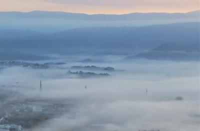 モンゴル娘+2孫と行く三島楽寿園と、日守山からの雲海?