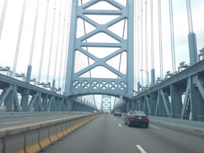 ペンシルベニア州 フィラデルフィア ー ベンジャミン フランクリン橋を渡って到着