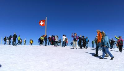 アルプス5大名峰と絶景列車の旅 26 山の神様の恵は素晴らしかった プラトー(雪原)からの景色