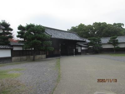 四国霊場最後の巡礼(63)丸亀城を下城し、満濃池へ。