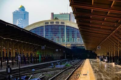 11月で閉鎖されるファランポーン駅からいつもの街歩き その1