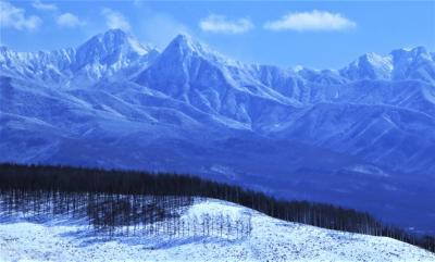 雪と氷のシンフォニー♪ 霧ケ峰高原と白樺湖から見る銀嶺の百名山の峰々♪