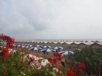 素敵なホテル in リド島 と 色彩豊かなブラーノ島