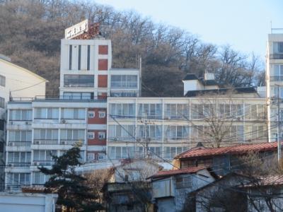 伊香保温泉「石坂旅館」に宿泊して温泉と食事を楽しむ