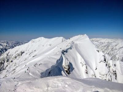 絶景の雪山♪谷川岳(&おまけの春日山、白馬)
