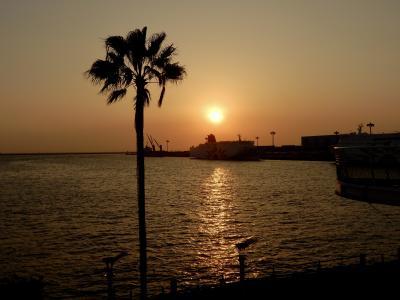 穴場じゃないけど、いつも空いている夕日スポット「大阪南港ATC」