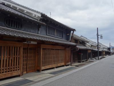 宇陀市松山重要伝統的建造物群保存地区をあるく。いわゆる歴史的建造物の街並です。