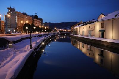 寿司食えず静寂な小樽運河を散歩