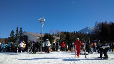 新年日帰りスキーへ家族で行くぞー! IN富士天神山