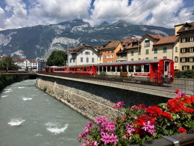 スイス 絶景に心奪われ、列車に心躍る15日の旅 ⑭ 【クール】【アロ-ザ】