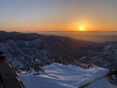 志賀高原横手山2021 スノーモンスターナイトツアーで行く2307mの夕日