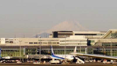 どこかにマイルでどこに行く?旅の序章は羽田空港