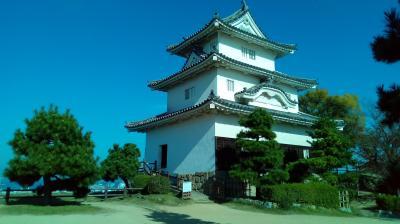 香川県訪問。丸亀城に行きました。