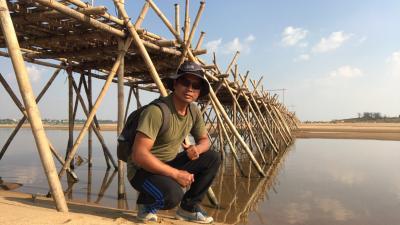 コンポンチャム州に竹の橋