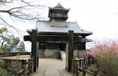 京町温泉観光ホテルに宿泊して綾城登城