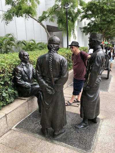 シンガポールのマリーナ周辺を歩く