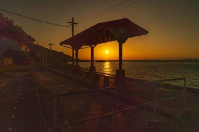 海に近い駅 JR下灘駅を訪ねる