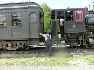 シアトル郊外 ツインピークスのスノコルミーの滝と思いがけない蒸気機関車 3