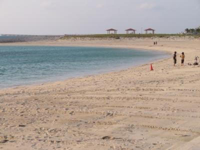 豊見城市の「豊崎海浜公園」と「アウトレットモールあしびなー・イーアス沖縄豊崎」散策