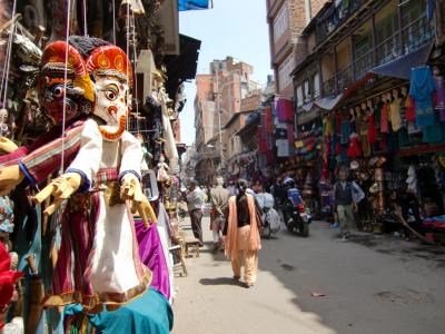 神々の宿る国NEPAL3 土埃の舞い上がるカトマンドゥ路地裏散歩(午前)