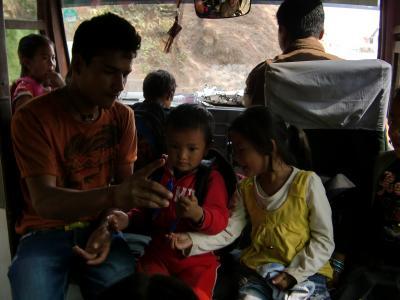 神々の宿る国NEPAL5 3/28~3/29午前 ヒマラヤの朝日を見にナガルコットへ