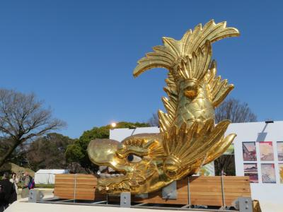 名古屋城天守閣からピカピカの金シャチが地上に降りてきた 『名古屋城金鯱展』