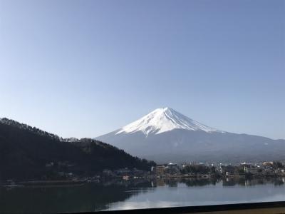 河口湖ごしの富士山 「風のテラス」KUKUNA 1
