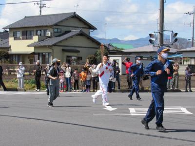2021年3月29日青空の下栃木県を聖火ランナーが走りました。(那須塩原市)