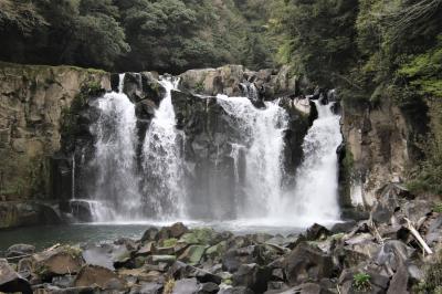柳川屋 都城店で鰻ランチを食べて日本の滝百選関之尾滝と関之尾甌穴群の関之尾公園散策