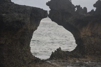 巡るJapan 沖縄 ハート岩