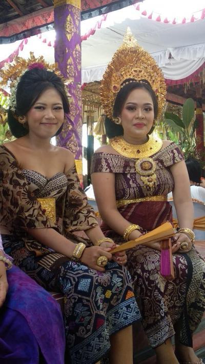 バリ島の結婚式パーティー