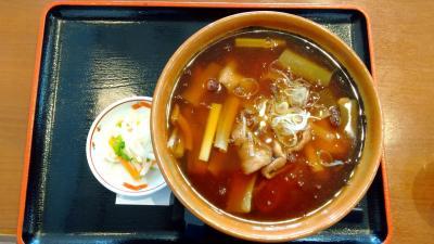 栃木県の道の駅ばとうでししまるそばを食べに。