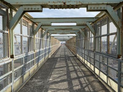 太宰治が愛した跨線橋~ゆかりの地、三鷹~