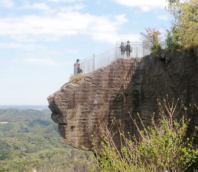 鋸山に登ってみた。