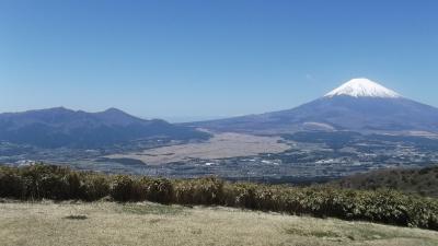 箱根外輪山を歩く