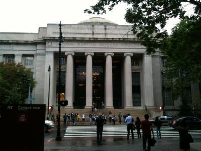 マサチューセッツ州 ケンブリッジ - マサチューセッツ工科大学(MIT)を訪問