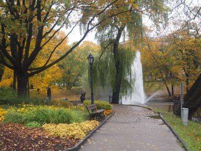 秋のバルト三国美しき古都と城を訪ねてNo.8<リガのブラックヘッド会館、ピルセータス運河など>
