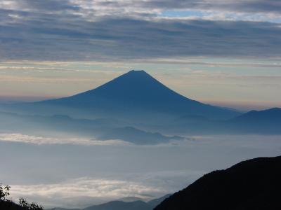 富士山を見る山行シリーズ 鳳凰三山